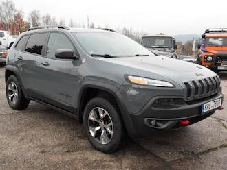 Cherokee 3,2 V6 Traill Havk 4x4, LPG